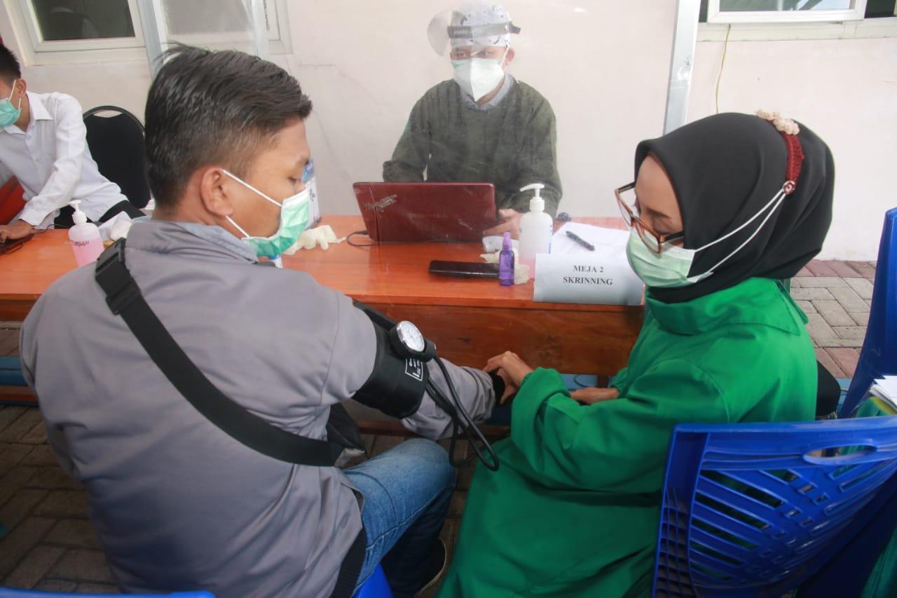 Puluhan Wartawan Probolinggo Disuntik Vaksin Covid-19