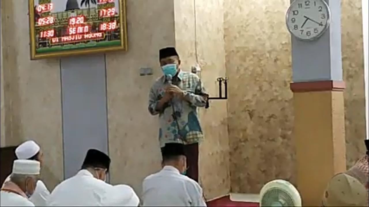 Terapkan Protokol Kesehatan, Masjid Agung Ar-Raudlah Kraksaan Gelar Sholat Tarawih